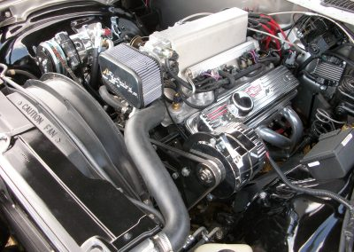 Small Block Chevy with Ramjet Fuel injection