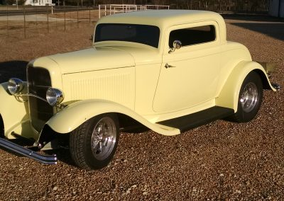 Mike M 1932 Ford 3 Window Coupe (234)